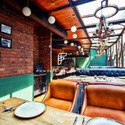 Projeto de Móveis sob Medida Resto Pub Por FurnitureRoots Leather Resto Pub Poltronas Little Easy, Mumbai