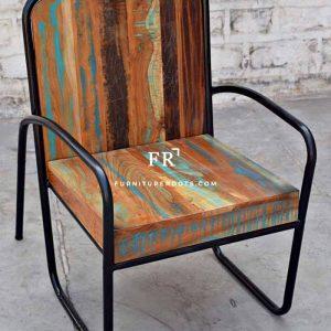 Outdoor Chair in Reclaimed Wood & Metal Combination