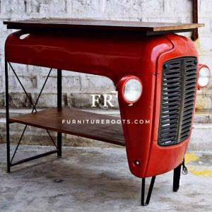 Old Age Tractor Pattern Bar Table
