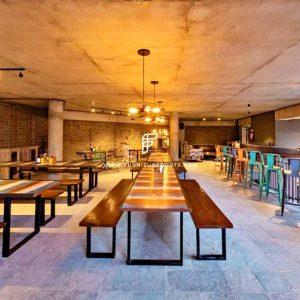 Сделанный на заказ проект мебели для пивоварни от FurnitureRoots The Bier Library 6