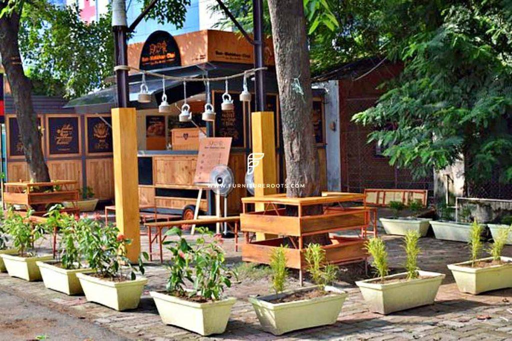 Proyecto de muebles de restaurante de servicio rápido a medida por FurnitureRoots Bun Makkhan Chai 1