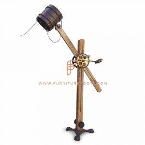 Lampe de table rustique Avant-Garde