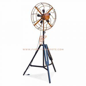 Creatieve metalen ventilator-vloerlamp