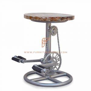 Taburete ciclista Art Nouveau