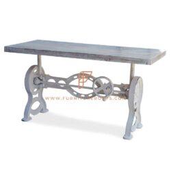 Table de salle à manger à manivelle réglable en hauteur avec pieds à chevalet et plateau en bois au fini vieilli blanc