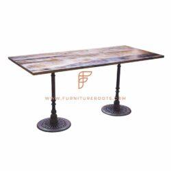 Restaurant Tables Series Eettafel met laterale gietijzeren tafelvoet en teruggewonnen houten tafelblad