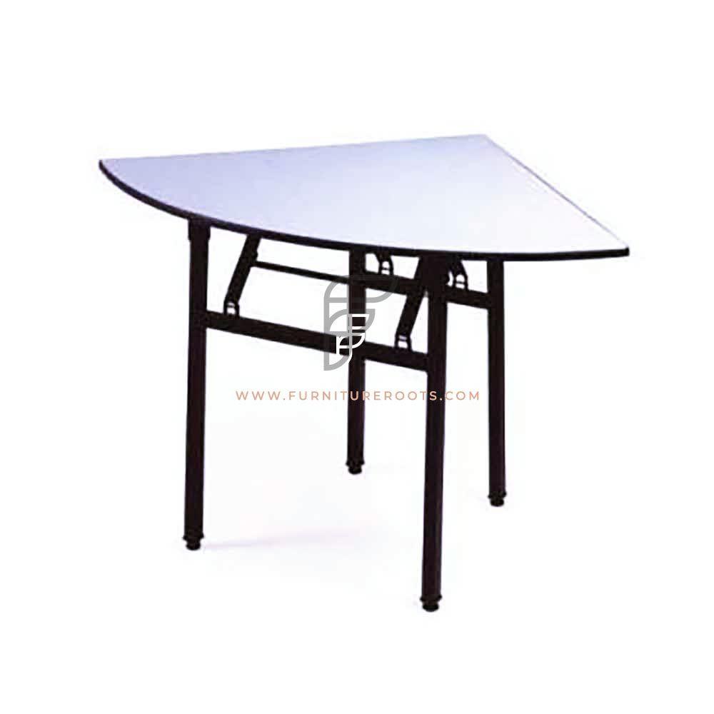 Triangular Grey HDPE Top Folding Table Custom Sizes