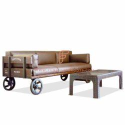 диван с чугунной колесной базой