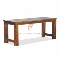 vintage rustic restaurant table