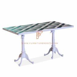 plateau de table à motif croisé en marbre