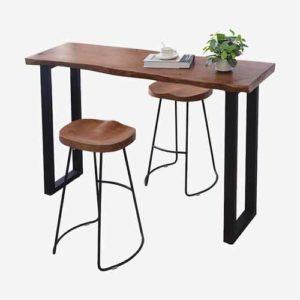 Sillas y mesa de café