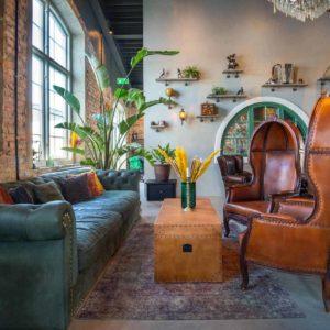 Muebles de estilo indio por FurnitureRoots para Kattholmen Restaurant Suecia