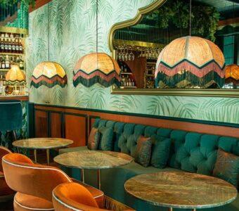 modern distressed cafe-restaurant interiors