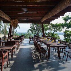 simple restaurant outdoor design