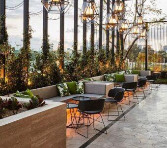 modern outdoor bistro furniture